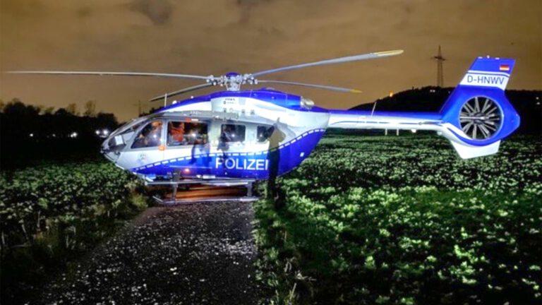 Rettungshunde mit Hubschrauber zum Einsatzort