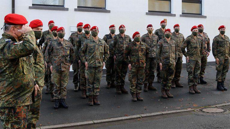 Corona bei Soldaten – Abzug in Standort