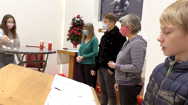 Digitaler Adventskalender öffnet Türen